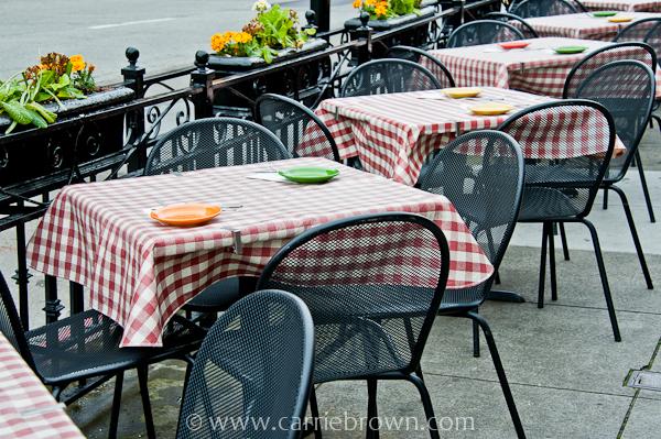 Sidewalk tables, San Francisco